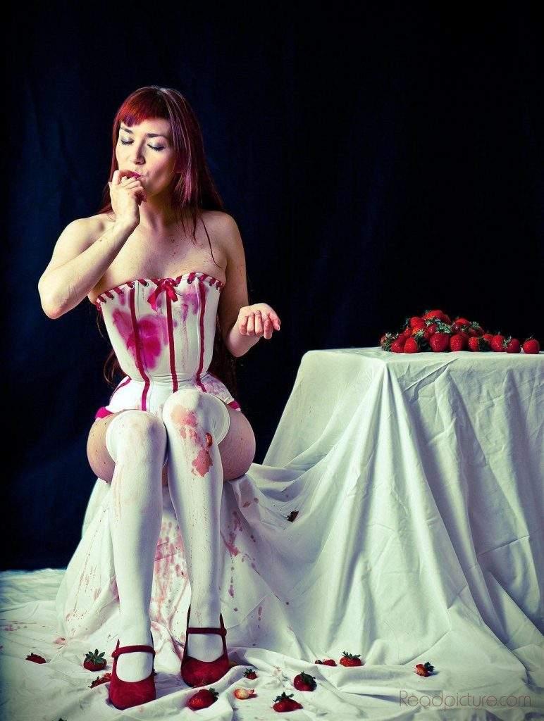 Pipestem corset