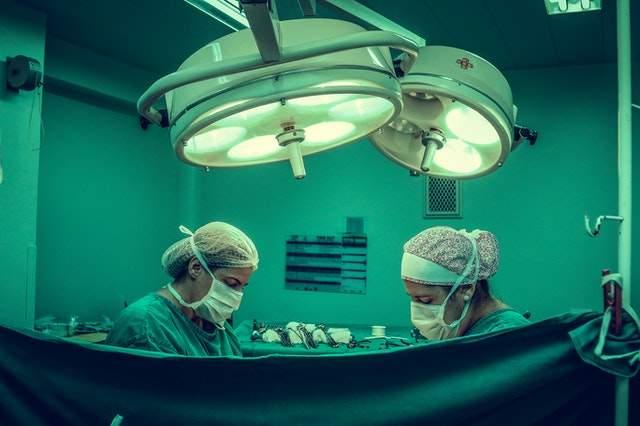 shoulder replacement surgeon