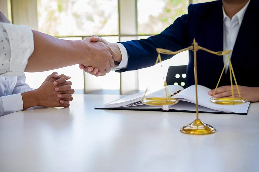 Know About Lemon Law Lawyer