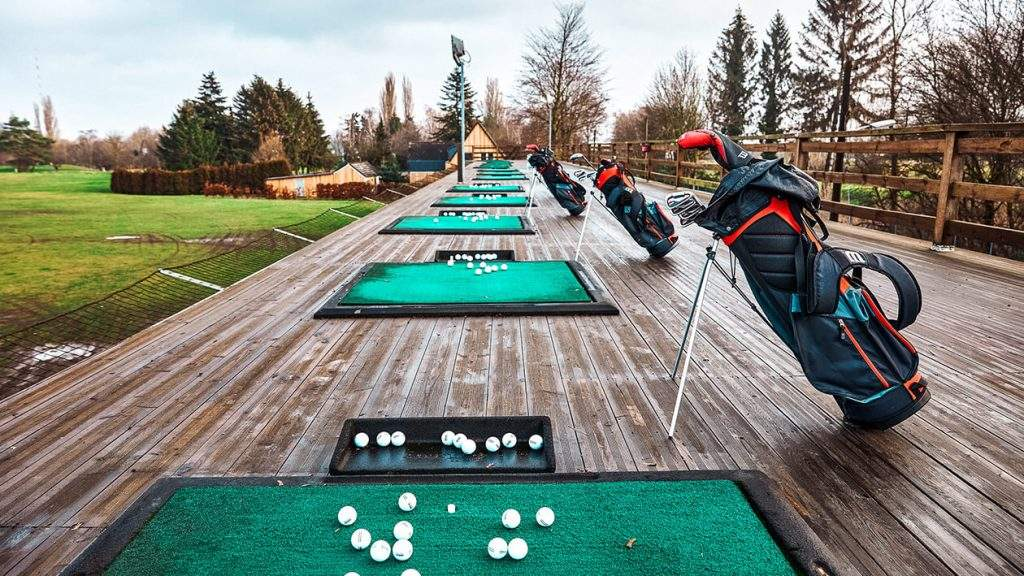 Best Lounge for Golf